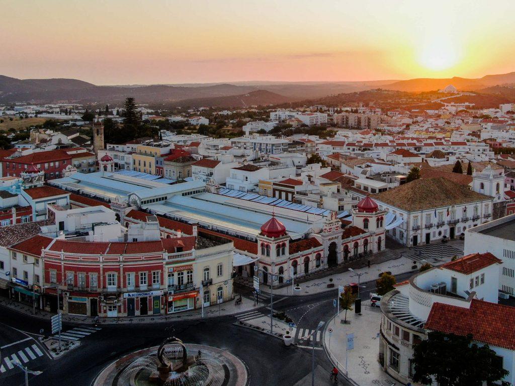 Loulé: The Complete Guide to Loulé, Portugal