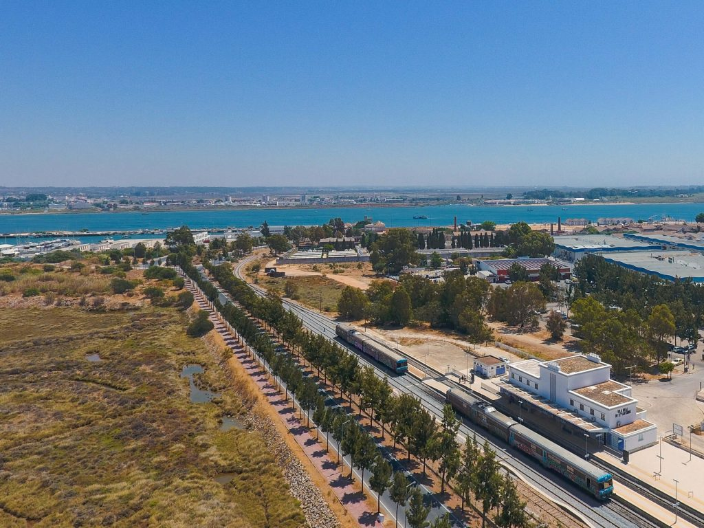 Algarve Trains: The Ultimate Guide to Trains in the Algarve